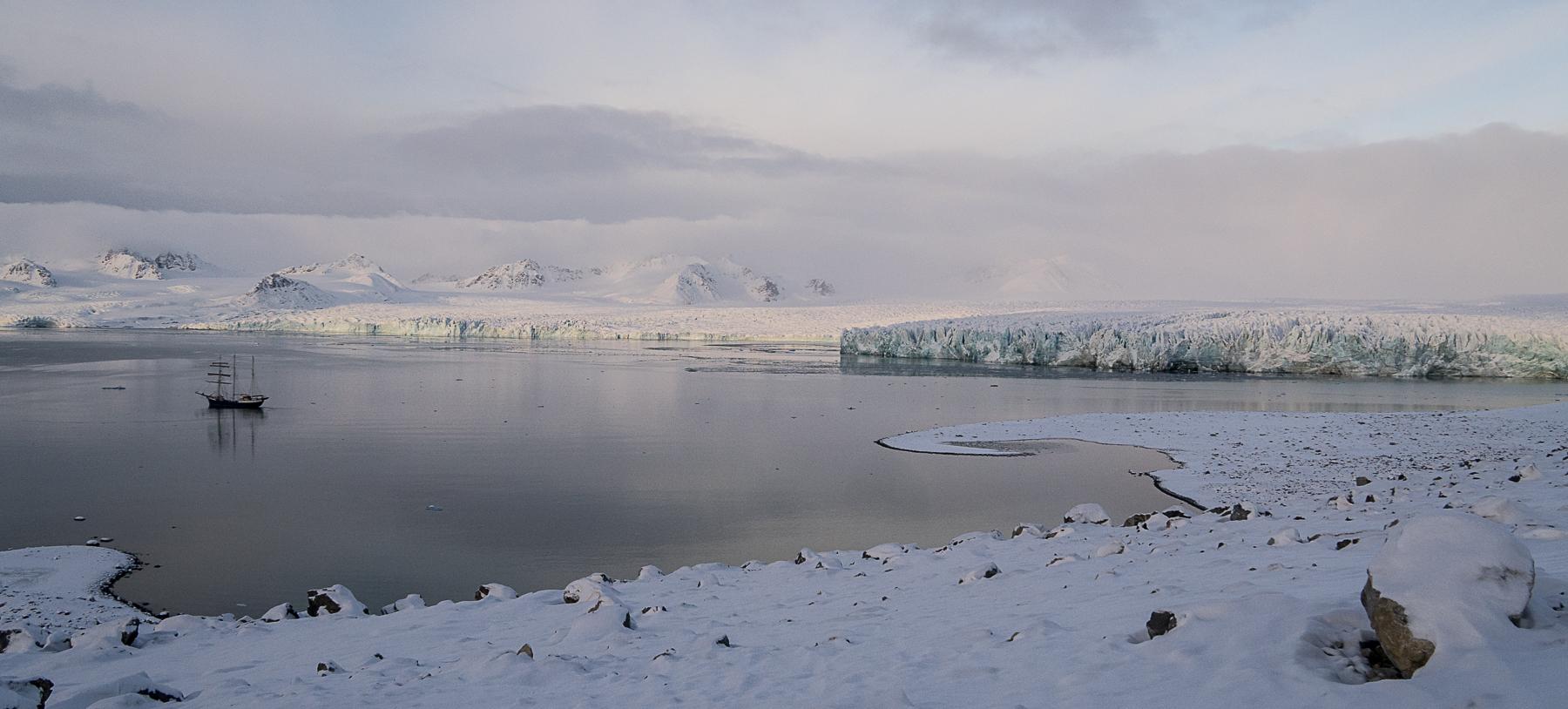 Alaska, Lilliehöökbreen, Möllerfjorden, Krossfjorden, Antigua, Arctic, Arctic Ocean, autumn, climate change, coal, Esmarkbreen, glacier, glacier ice, gratitude, H2O, high pressure, hiking, ice, jigsaw, Longyearbyen, low pressure, animals, mine number 2, mines, mining, north wind, Norway, Oslo, pancake ice, perimeter, photography, puzzle, Recherchebreen, Recherchefjorden, Roads, scale, scree, slopes, snow, Spitsbergen, Svalbard, sweater, sync, tall ship, talus, The Arctic Circle, travel, walkabout, water, west, winter, words, world, Ymerbukta
