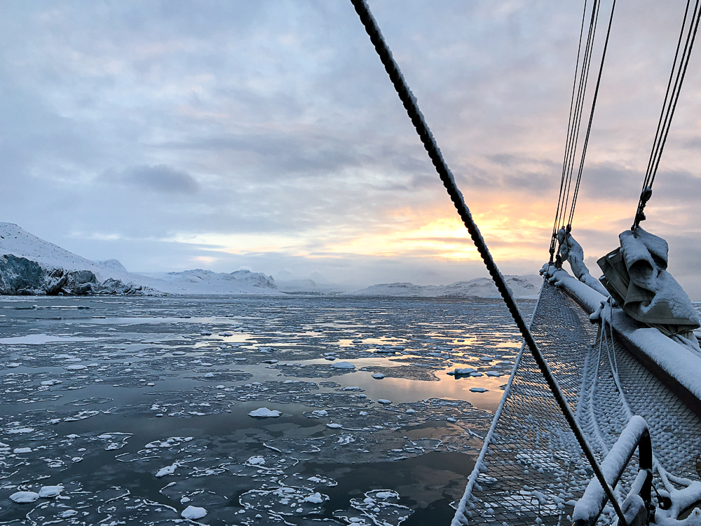 Oslo, Norway, snow, winter,Svalbard, Spitsbergen, Longyearbyen, The Arctic Circle, Arctic, Arctic Ocean, Esmarkbreen, Ymerbukta, ice, glacier, tall ship, Antigua